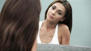 All-natural goddess Alexis Brill strokes her wet snatch in the bathroom